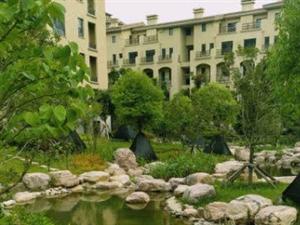 隆达花园一楼168平大三房出售!手续齐全!!免税