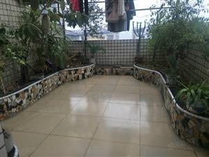 逸夫小学附近四室三厅六跃七带两个花园
