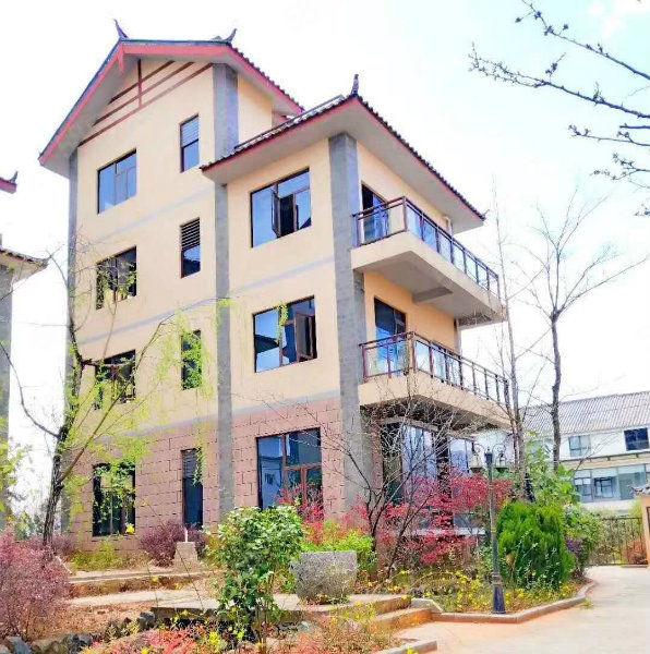 云南丽山清水秀,空气清新,景色迷人50平单身公寓现房五证出售