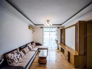 松柏片区精装三房宝龙大厦高性价比看着舒心住着放心急租