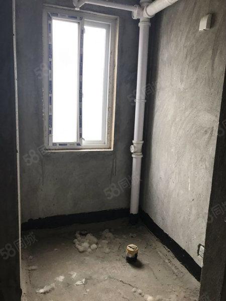 特价公寓中汇东景国际经典公寓毛坯随心改造