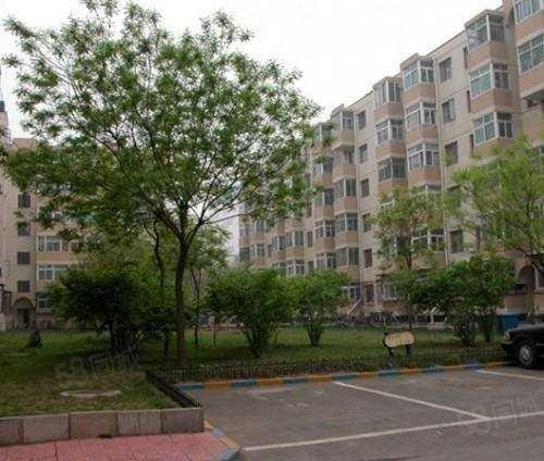 民生4楼68平,豪华装修,2室送7平方车库,证满,报价58万
