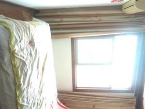 万达小区两室简装送车库