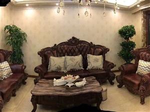 香槟桩园多层电梯洋房5楼140平四室两厅两卫全新豪华欧式装修