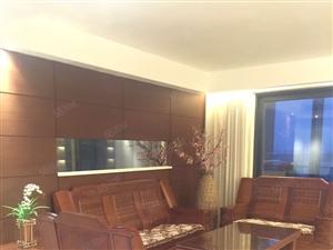 超高档海边小区复式3房出租,设施豪华,风景超棒,尽显尊贵贵。