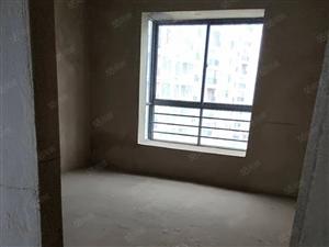 宁瑞小区13楼电梯房出售