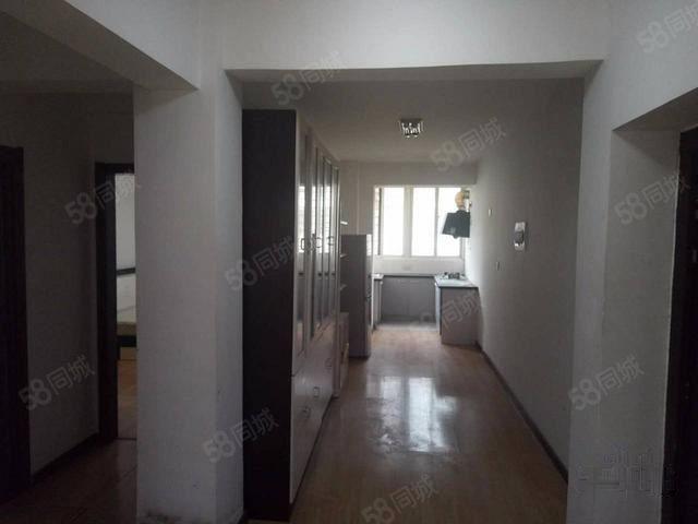 D凯地家园二期普通住宅1厅简单装修