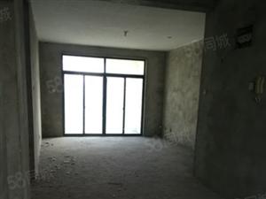 万达附近,湖畔御景电梯房纯毛坯,装修自己喜欢的风格,