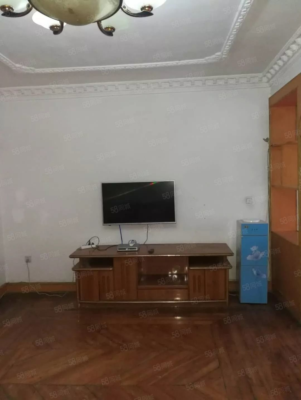 1100元便宜出租,北门口附近小区二室二厅装修带全套家俱家电