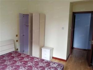 越秀二期,精装套二厅,已装修8个月,全套新家具家电,可当婚房