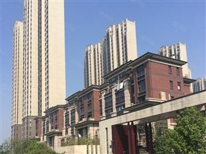 城投鹿港小镇22楼3室126平新房1200元视野开阔