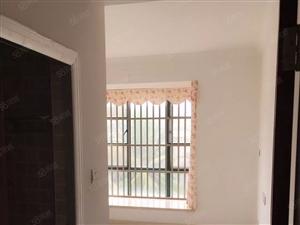 西海岸九小侨中旁观澜公寓三房130平3500元