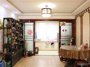 此房环宇北区,楼下有一间储藏室。