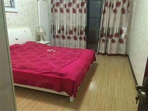 出售莲花市场138平3居室送阁楼