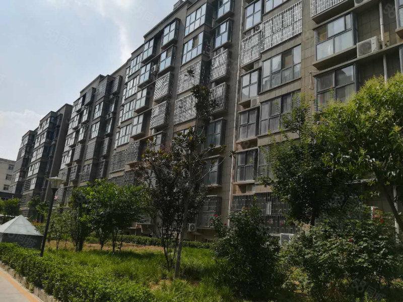 城东花园,毛坯房,三室两厅两卫