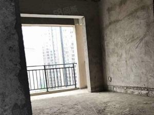 5100一平的电梯房毛坯大四房
