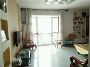 市中心三居室繁华地段大产权可办公可住人