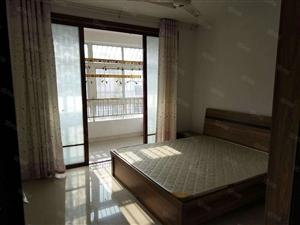 利民路凤翔小区一居室家具家电齐全完全拎包入住价格便宜