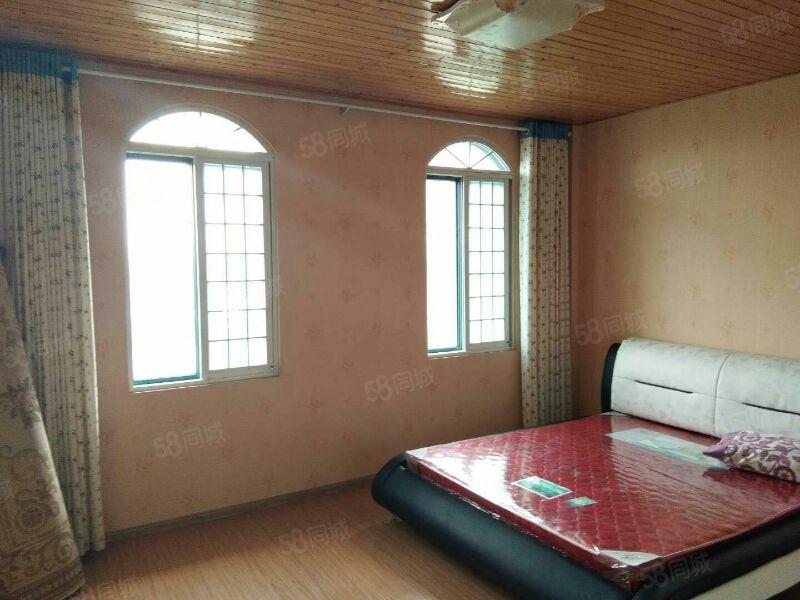 望海花园精装两室家具家电全有大露台拎包入住随时看房