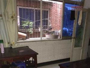 超值价格街心花园2室出租拎包入住