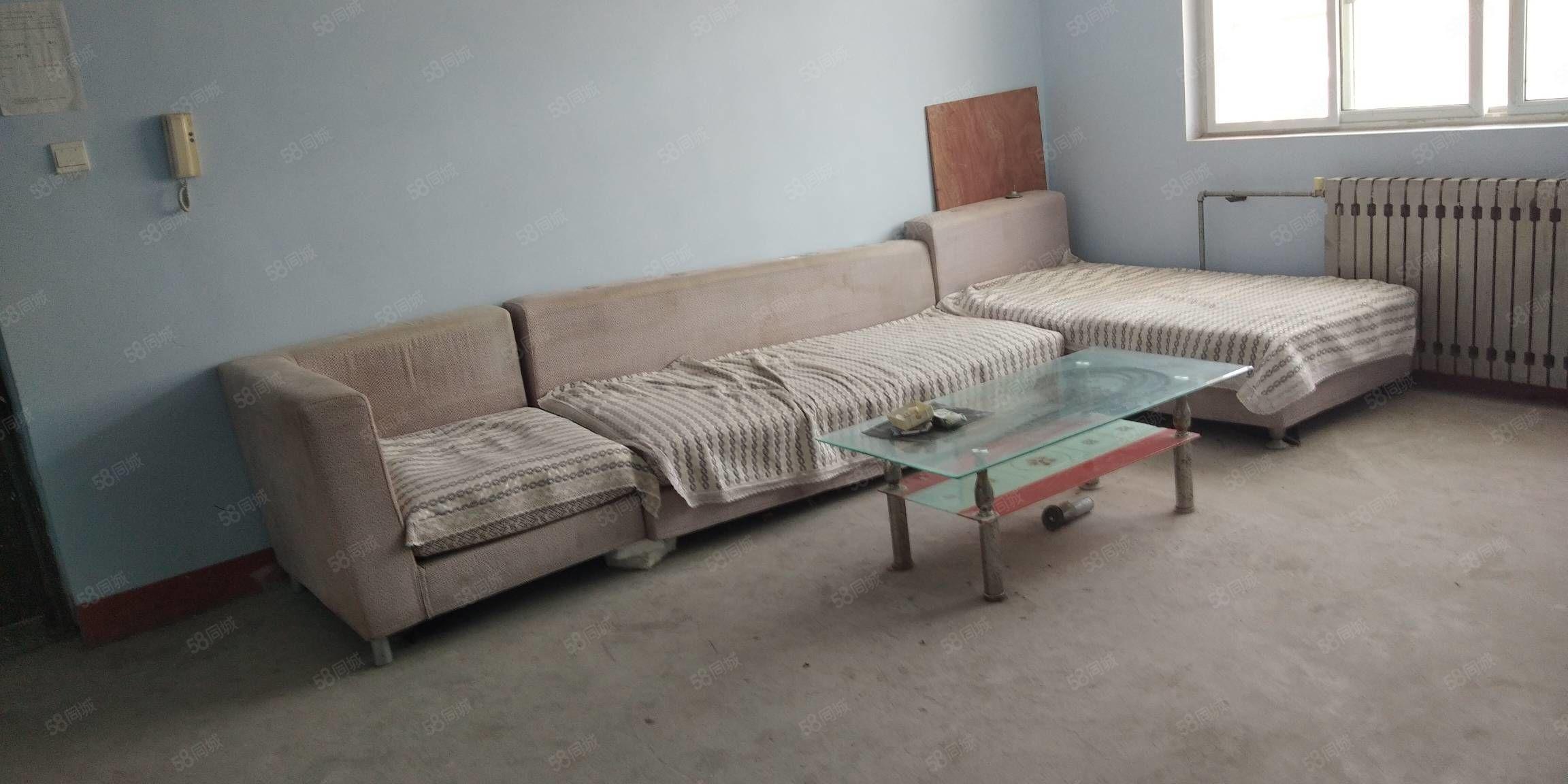 水泉社区简装两室出租家具其全能洗澡能做饭随时看房紧邻泰开蒙牛