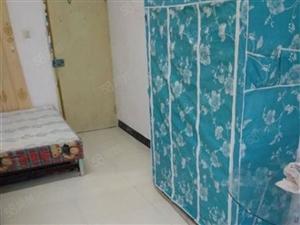 大丰一小对面1室1厅30平米简单装修年付
