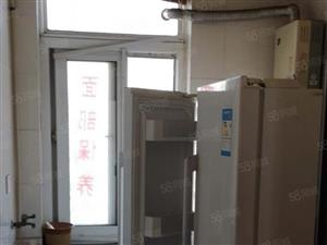 理想东城金瀚家园120平3室2厅1卫带25平地下室随时看房9