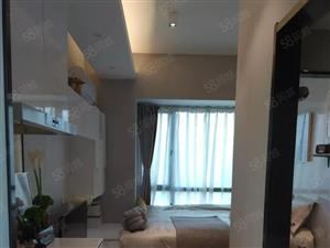 免佣金新房项目,低于市场价。九千一平起,双地铁口,配套齐全。