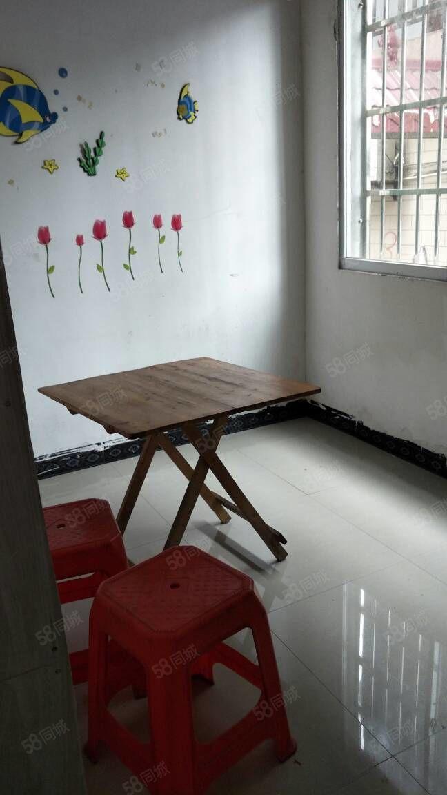 黑松塘一室一厅一厨一卫便宜出租