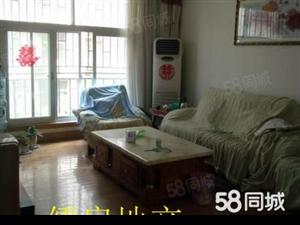 人民路锦江小区,3室2厅,精装修,拎包入住,2楼