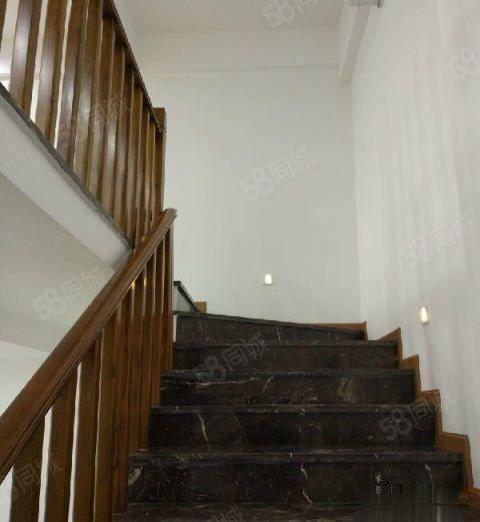 城西佳乐世纪城办公楼4室3厅190平米精装修面议