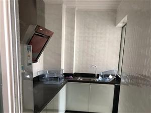 万达华城精装两房出租2500拎包入住看房有钥匙