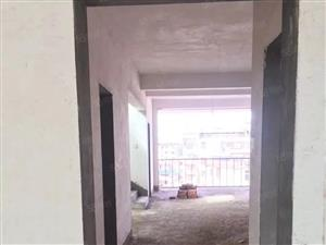 铅山御景家园,楼中楼,毛胚随意装修,中心地段。