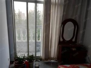 怡景花园,3室2厅1卫