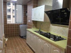 理想城精装修冰箱空调洗机器等等全齐拎包入住