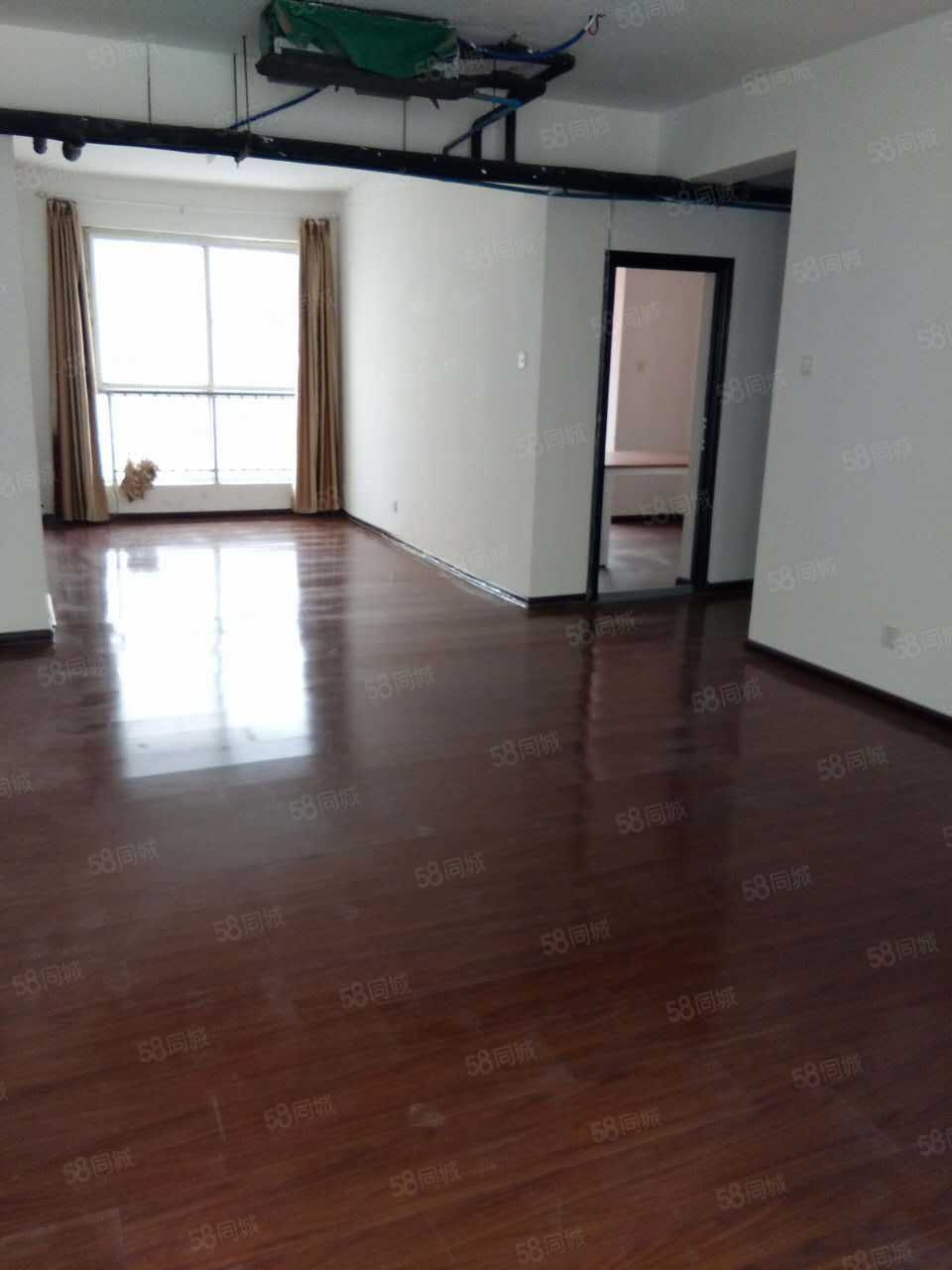 七厂十字大道电梯房,新装修,大面积三室,办公好房!