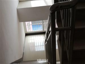 七花南路卧龙大桥1室0厅1卫