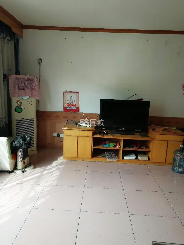 燕山社区3室2厅2卫