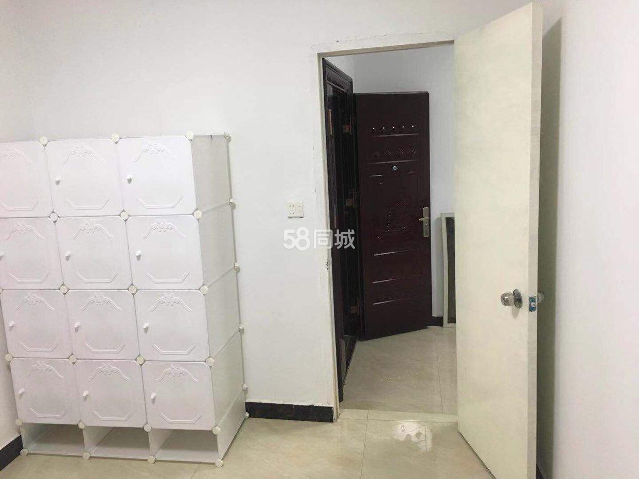 民乐路1室1厅1卫