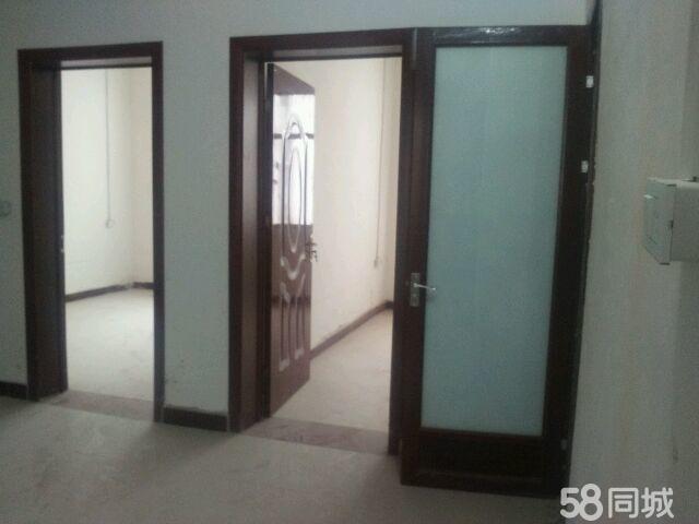 淅川县高隔壁3室1厅1卫