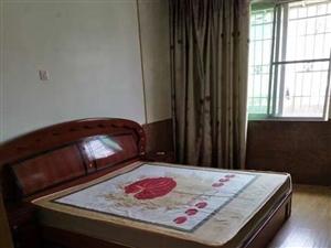 出典东湖新村3室2厅2卫