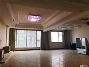东营区东泽百合4室2厅2卫260平米带车位