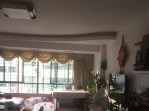 东门三中对面套房出售超大客厅阳光充足