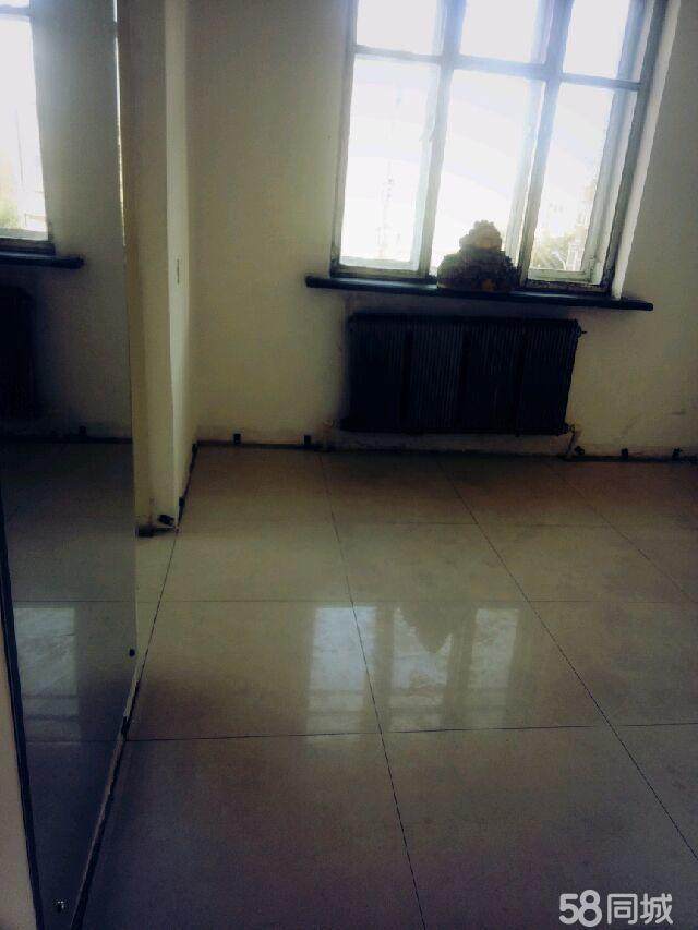 新化小区2室1厅1卫正四楼南北通透