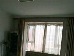 东华苑3室1厅1卫