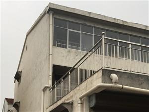 东环路大同新村三层一层仓库二三层套房6室4厅3卫