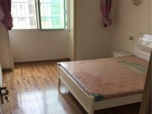 尚鼎国际旁单身公寓1室1厅1卫中装修未住人600一个月