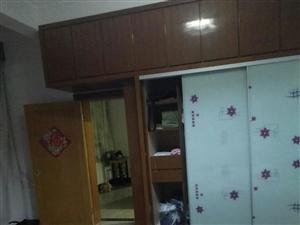 紫花街6室1厅2卫