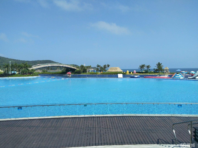 真海景房首付15万楼下就是泳池和沙滩大海