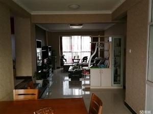 大理州澳门拉斯维加斯平台县龙凤丽都11号地3栋1单元6楼6室2厅3卫